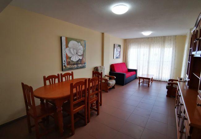 Apartamento en Grao de Gandia - CAPRIMAR 1ª - 5º - 13ª (ALQUILER SOLO A FAMILIAS)