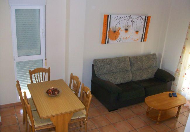 Apartamento en Oliva - PAR 3 - Nº 3 (ALQUILER SOLO A FAMILIAS)