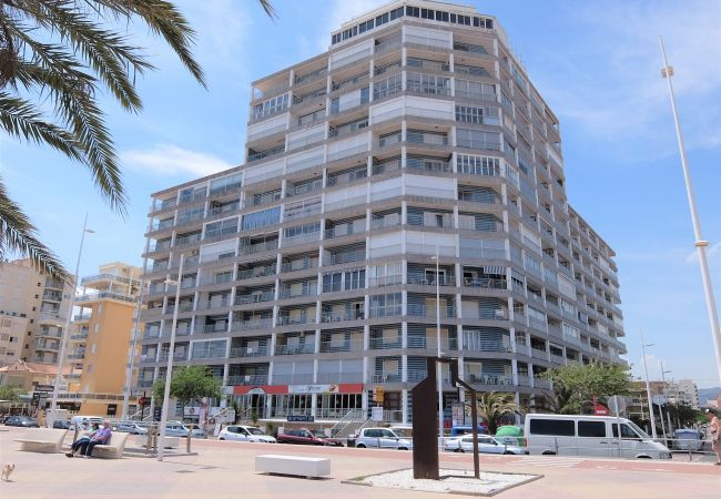 Апартаменты на Grao de Gandia - BONAIRE E6 - 9º (ALQUILER SOLO A FAMILIAS)
